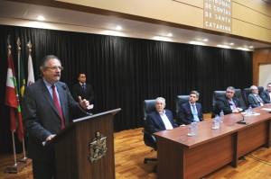 Miguel Rossetto, empossou na tarde desta sexta-feira (13), no auditório do Tribunal de Contas do Estado, em Florianópolis,