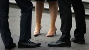 Segundo o IBGE, a diferença média entre os salários de homens e mulheres no país, para quem trabalha 40 horas por semana, é de 20,32% - Foto: Divulgação