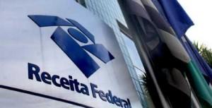 O contribuinte com bens ou dinheiro no exterior, que não foram declarados, terá até 31 de outubro para regularizar a situação - Foto: Divulgação