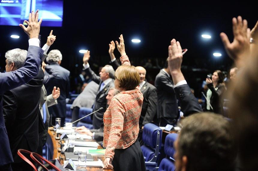 Mesmo aprovado, o texto enviado pela Executivo e modificado na Câmara dos Deputados foi bastante criticado em Plenário - Foto: Moreira Mariz