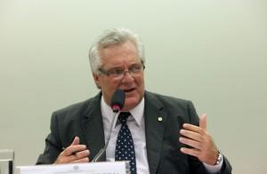 Jorge Côrte Real afirma que obrigação de requalificar funcionários demitidos coloca empresas e empregos em risco - Foto: Antonio Araújo