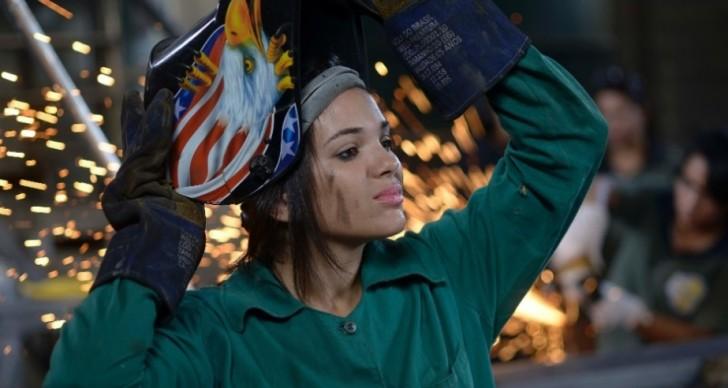 Estudo mostra que, quando as mulheres entram num campo de trabalho em grande número, o pagamento diminui - Foto: Divulgação