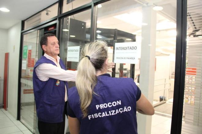 """""""Se houver resistência da medida, pode haver a prisão do gerente"""", diz a prefeitura - Foto: Prefeitura de Palhoça / Divulgação"""
