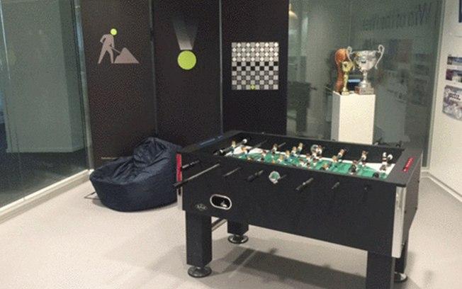 Uma sala em cada andar da Deloitte foi deixada vazia para ser mobiliada pelos funcionários - Foto: Divulgação
