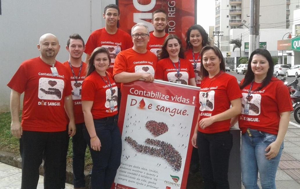 Colaboradores da JP Contábil no Hemosc de Joaçaba - Foto: Divulgação
