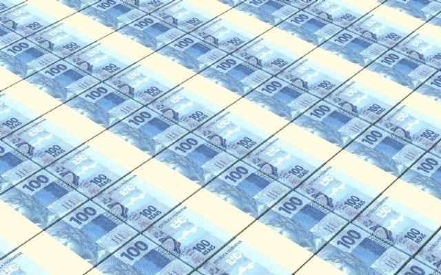 dinheiro-cedulas-notas-de-real-reais-0f2bl9185930