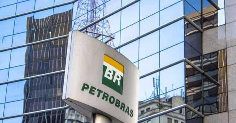 Petrobras aumenta preços de combustíveis nas refinarias