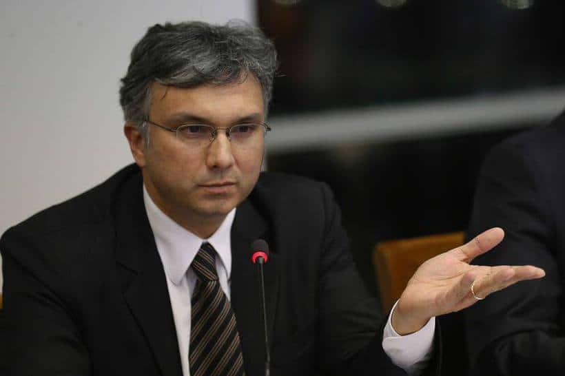 Déficit primário pode ter meta menor em 2019, diz novo ministro do Planejamento