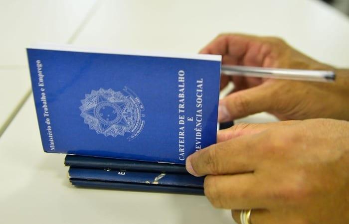 Pacote do governo incentiva contratação de jovem e trabalhador acima de 55 anos