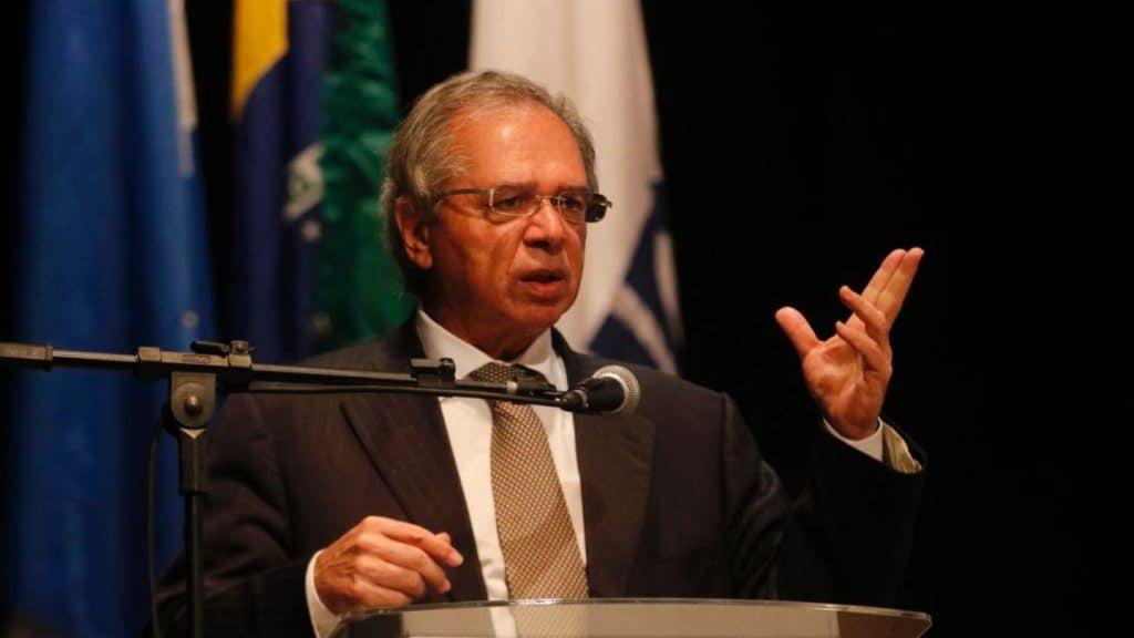Ministro da Economia elogia profissionais contábeis