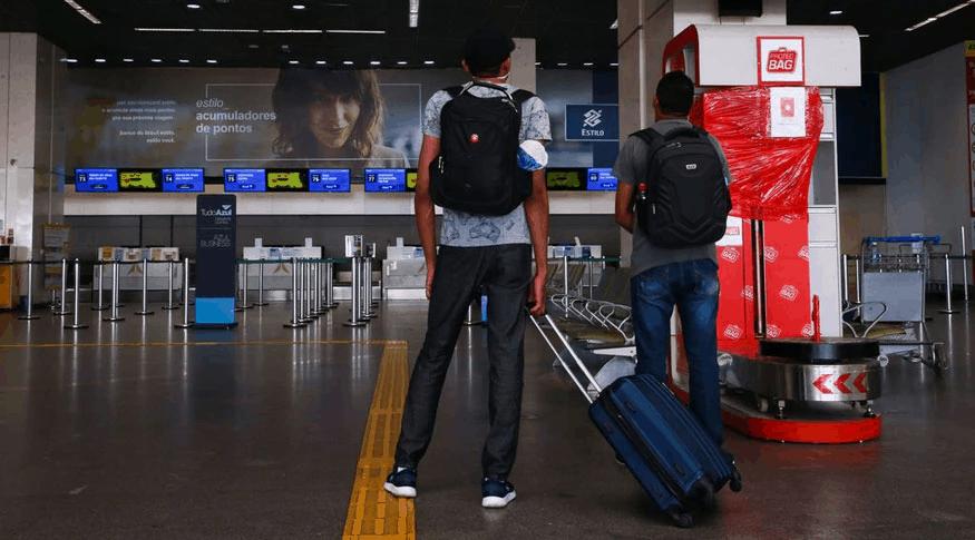 Setor de serviços avança 1,2% em maio e volta a superar nível pré-pandemia